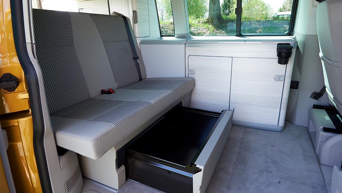 campingbusse im vergleichstest adac. Black Bedroom Furniture Sets. Home Design Ideas