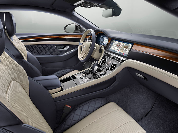 Cockpit des Bentley Continental GT
