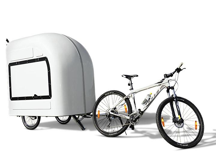 camping in europa der gro e boom adac motorwelt 2018. Black Bedroom Furniture Sets. Home Design Ideas