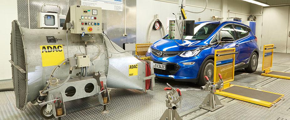Test Stromverbrauch Von Elektroautos Adac