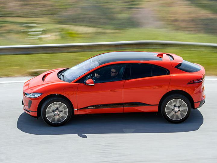 Jaguar I Pace Der Tesla Jager Im Test Adac 2018