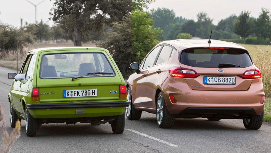 Heckansichten Des Ford Fiesta Von 1976 Und 2017