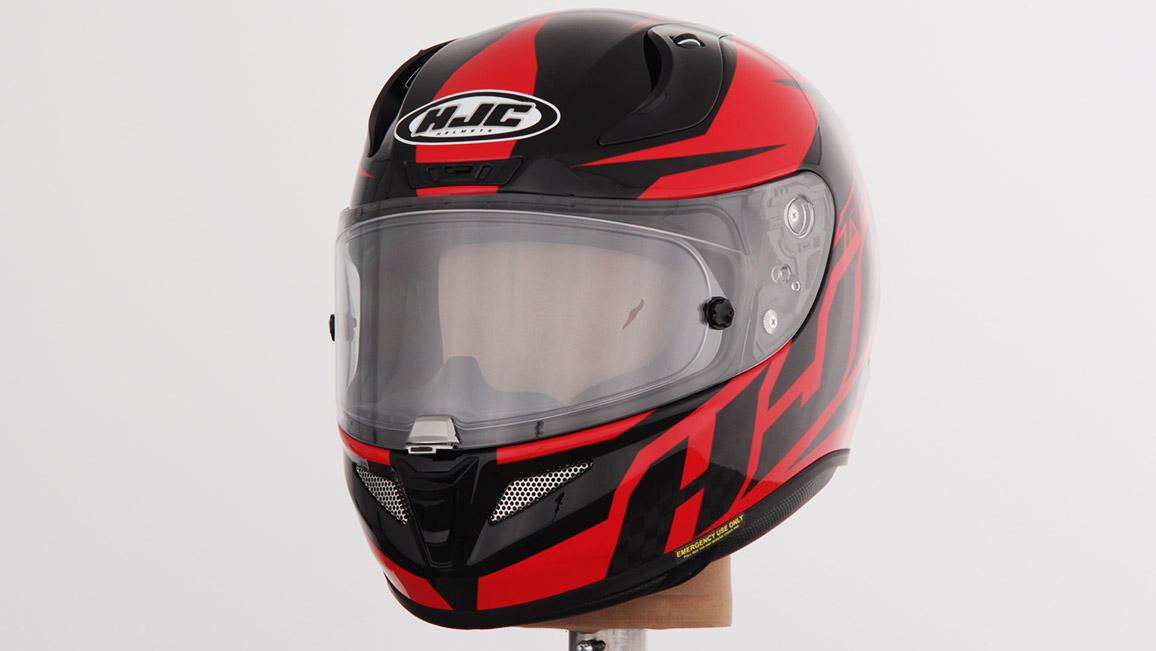 Motorradhelme Im Test 2018 Adac