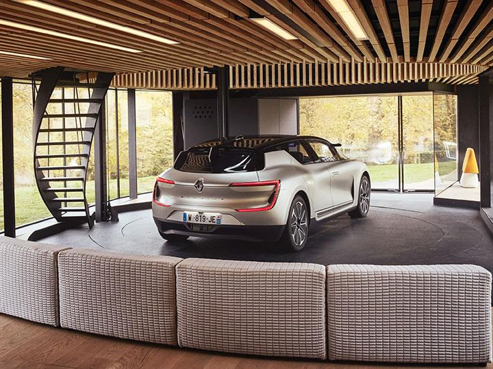 autonom in die zukunft so f hrt der renault symbioz adac motorwelt. Black Bedroom Furniture Sets. Home Design Ideas