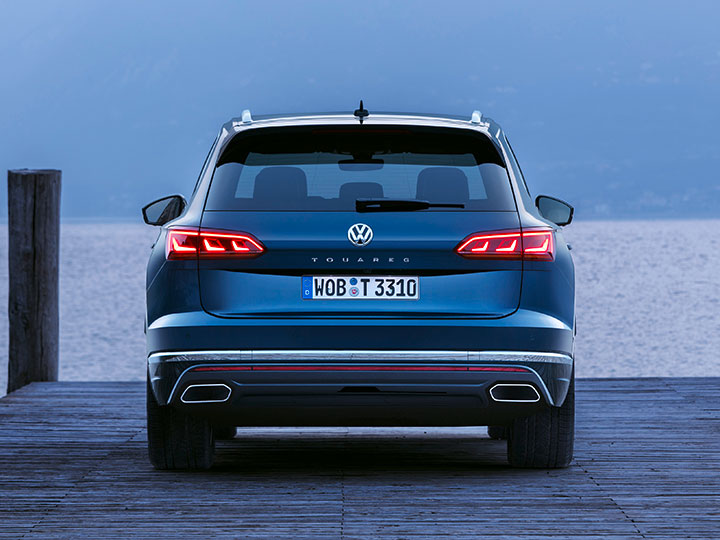 vw touareg test crashtest daten preis video adac. Black Bedroom Furniture Sets. Home Design Ideas