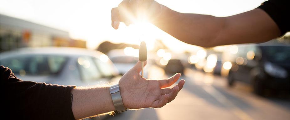 Autowerkstatt Tipps Zu Fahrzeugabholung Und Bezahlung Adac