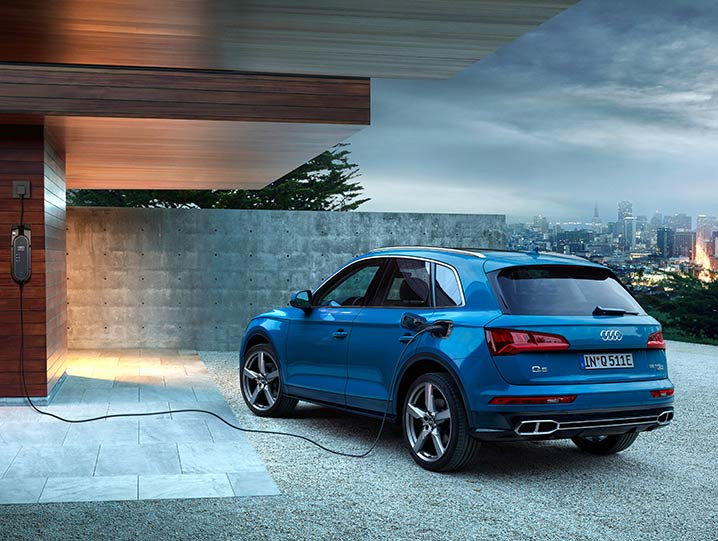 AUDI Q5 Ladestation
