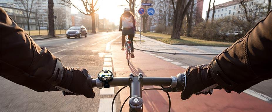 test wie sicher sind kreuzungen f r fahrradfahrer adac. Black Bedroom Furniture Sets. Home Design Ideas